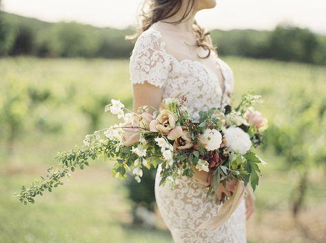 presentation wedding bouquet